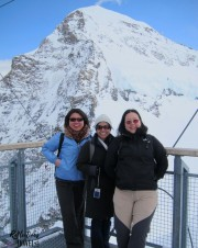 Sook Kwan, Carissa and Nadia - Jungfraujoch