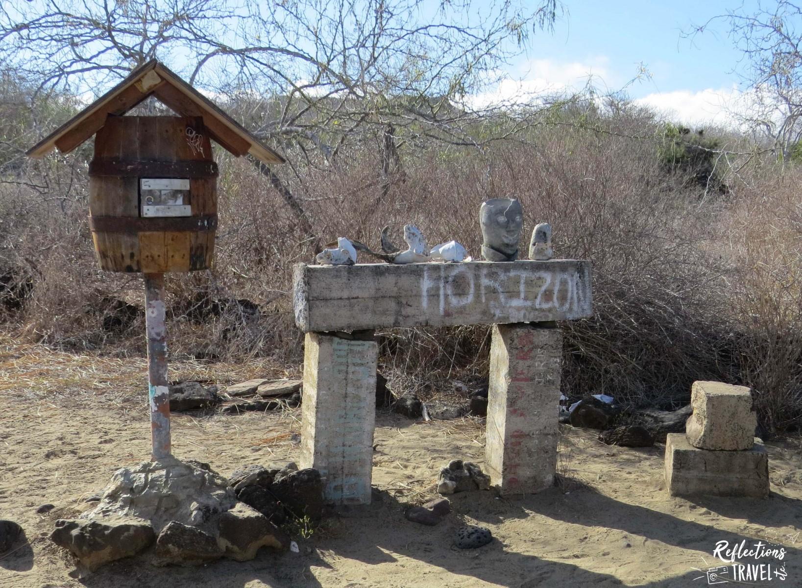 Post Office Bay, Isla Floreana